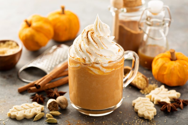 Pumpkin Spice Latte on table with fall decor
